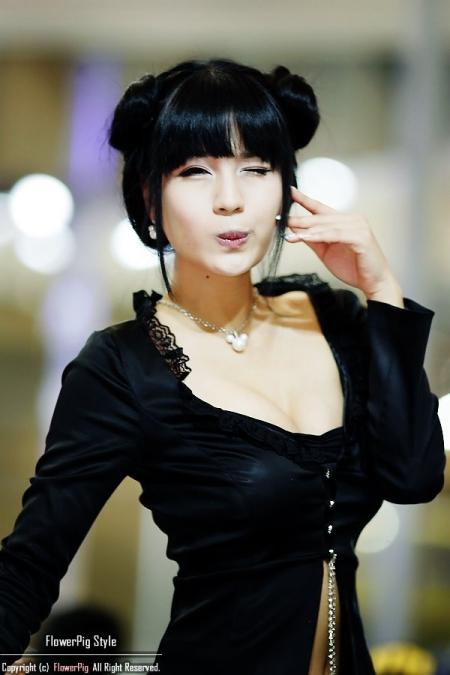 pretty korean Very in
