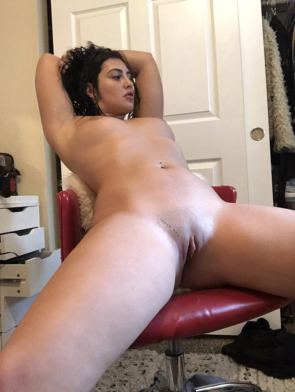 nued Hot girls