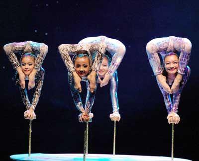 asian Nude acrobatics girl