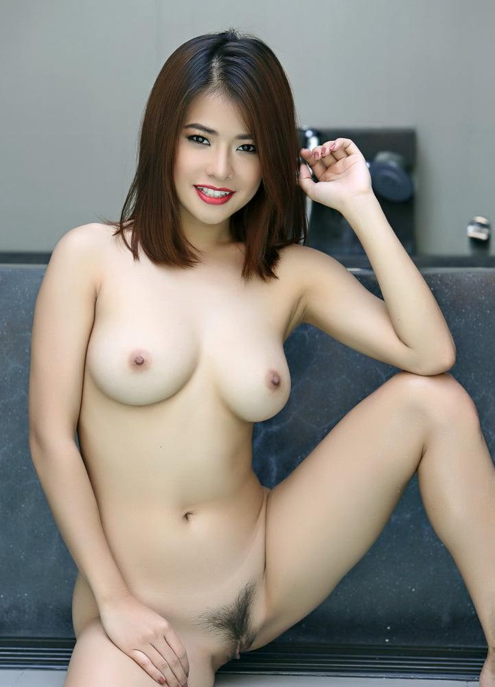 girl pic chinese Bikini