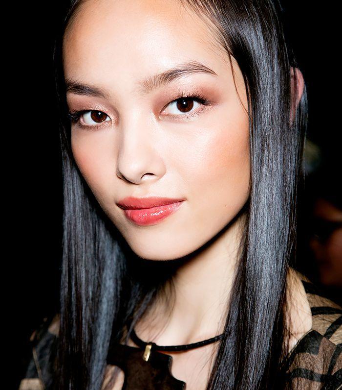 up eye make techique style Asian
