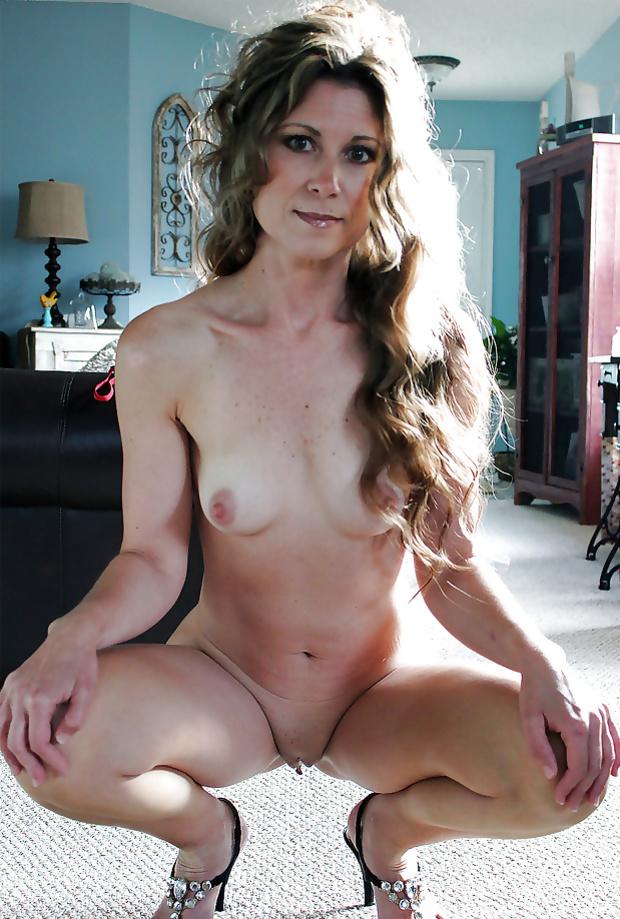 women mature Hot naked