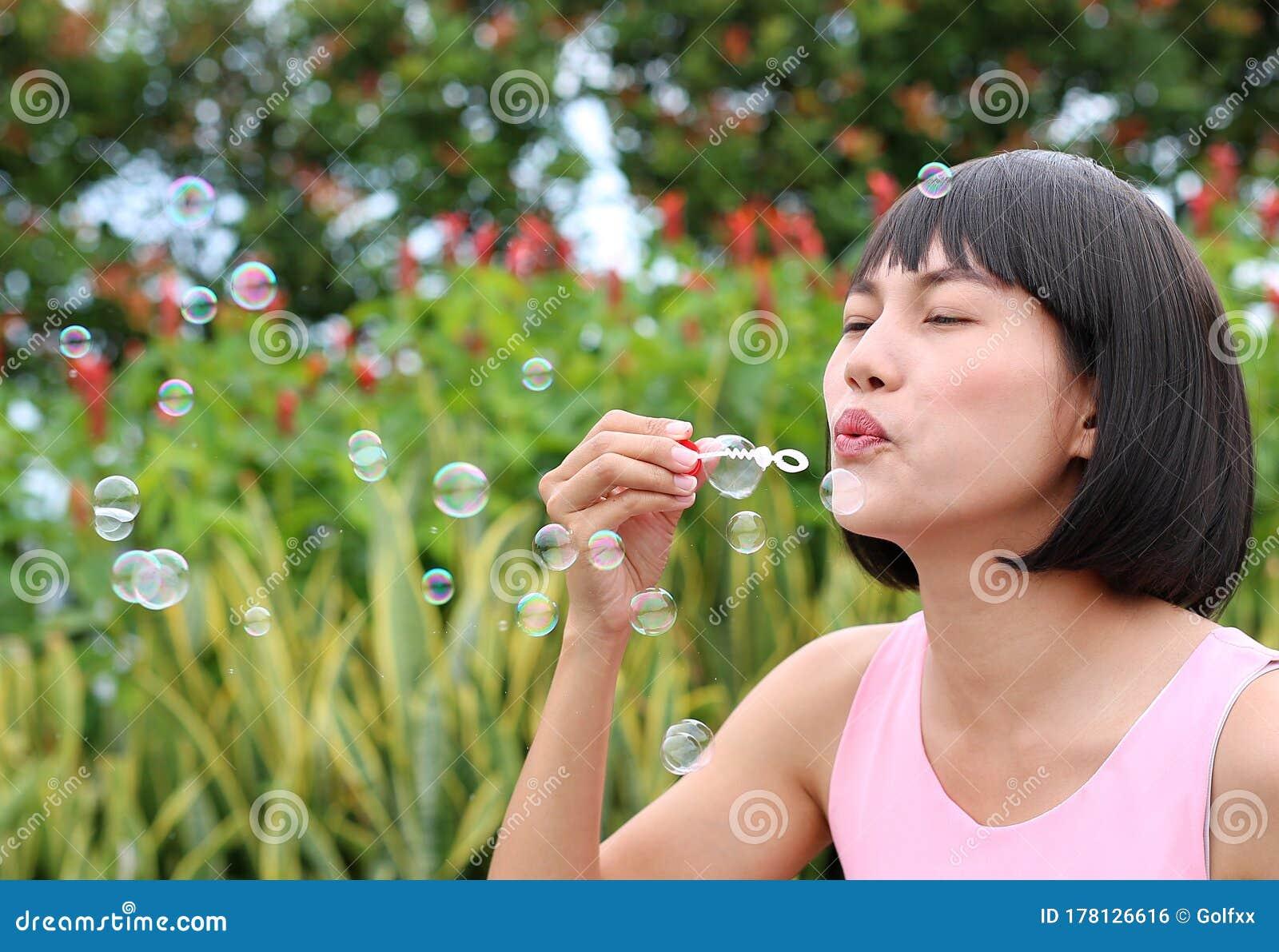 bubble outdoor wanking Asian
