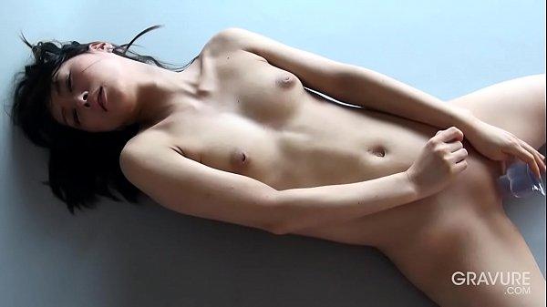 Hot porno Cum in asian mom mouth