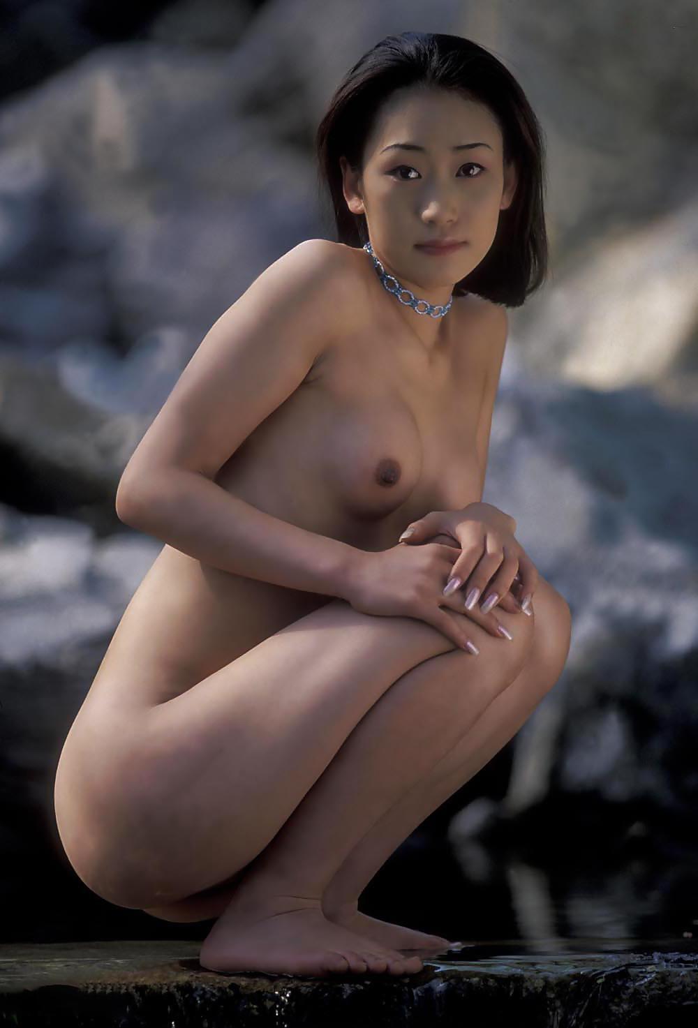 Adult Video Bikini chinese girl pic