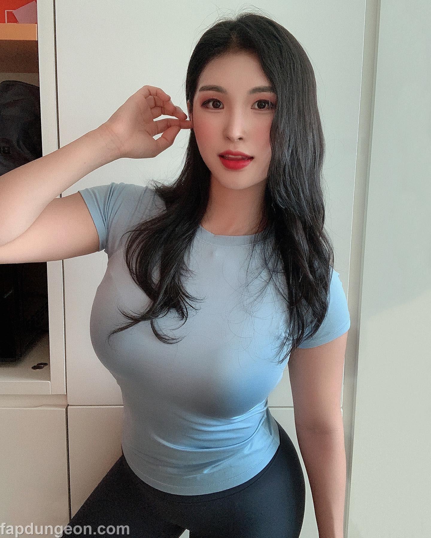 Hentai porn big woman