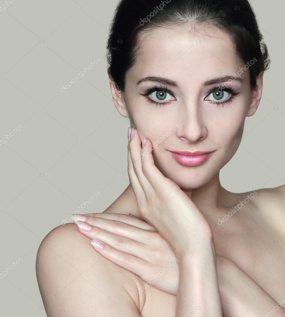 women Beautiful models naked