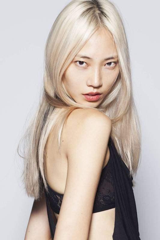 asian women Blonde